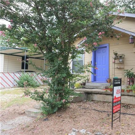 Rent this 2 bed house on 1107 Lincoln Street in Austin, TX 78702