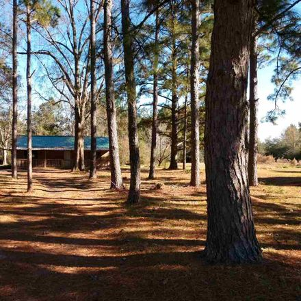 Rent this 2 bed house on 17457 FM 92 in Silsbee, TX 77660