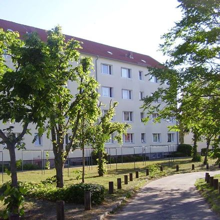 Rent this 2 bed apartment on Uelzener Straße 35 in 29410 Salzwedel, Germany