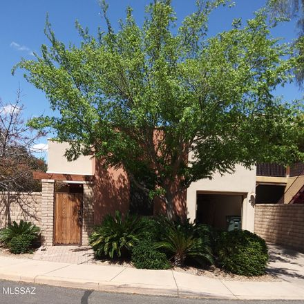Rent this 3 bed house on 151 East Castlefield Circle in Tucson, AZ 85704