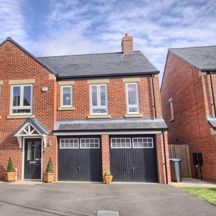 Rent this 5 bed house on Middlesbrough TS5 7DU