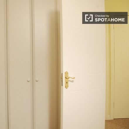 Rent this 3 bed apartment on Huntstown Wood in Blanchardstown-Blakestown ED, Dublin 15