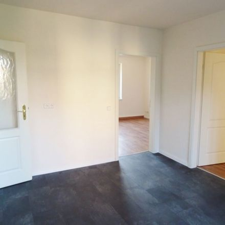 Rent this 3 bed apartment on Röthaer Straße 28 in 04564 Böhlen, Germany