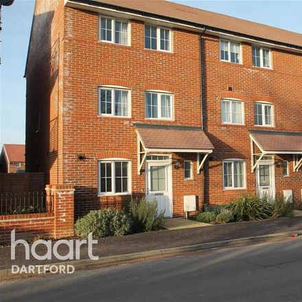 Rent this 3 bed house on Little Brook Hospital in Bow Arrow Lane, Dartford DA2 6PB