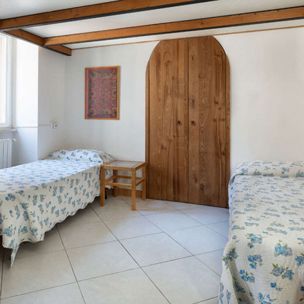 Rent this 2 bed apartment on Birreria Albrecht in Via Rasella, 52