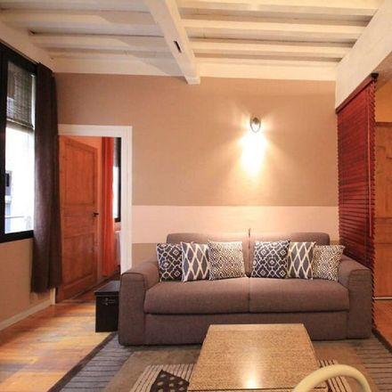 Rent this 1 bed apartment on Hôtel De Madon De Châteaublanc in Rue du Gal, 84000 Avignon