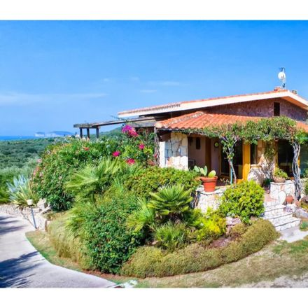Rent this 6 bed house on Via Valverde in 07041 Alghero - L'Alguer SS, Italy