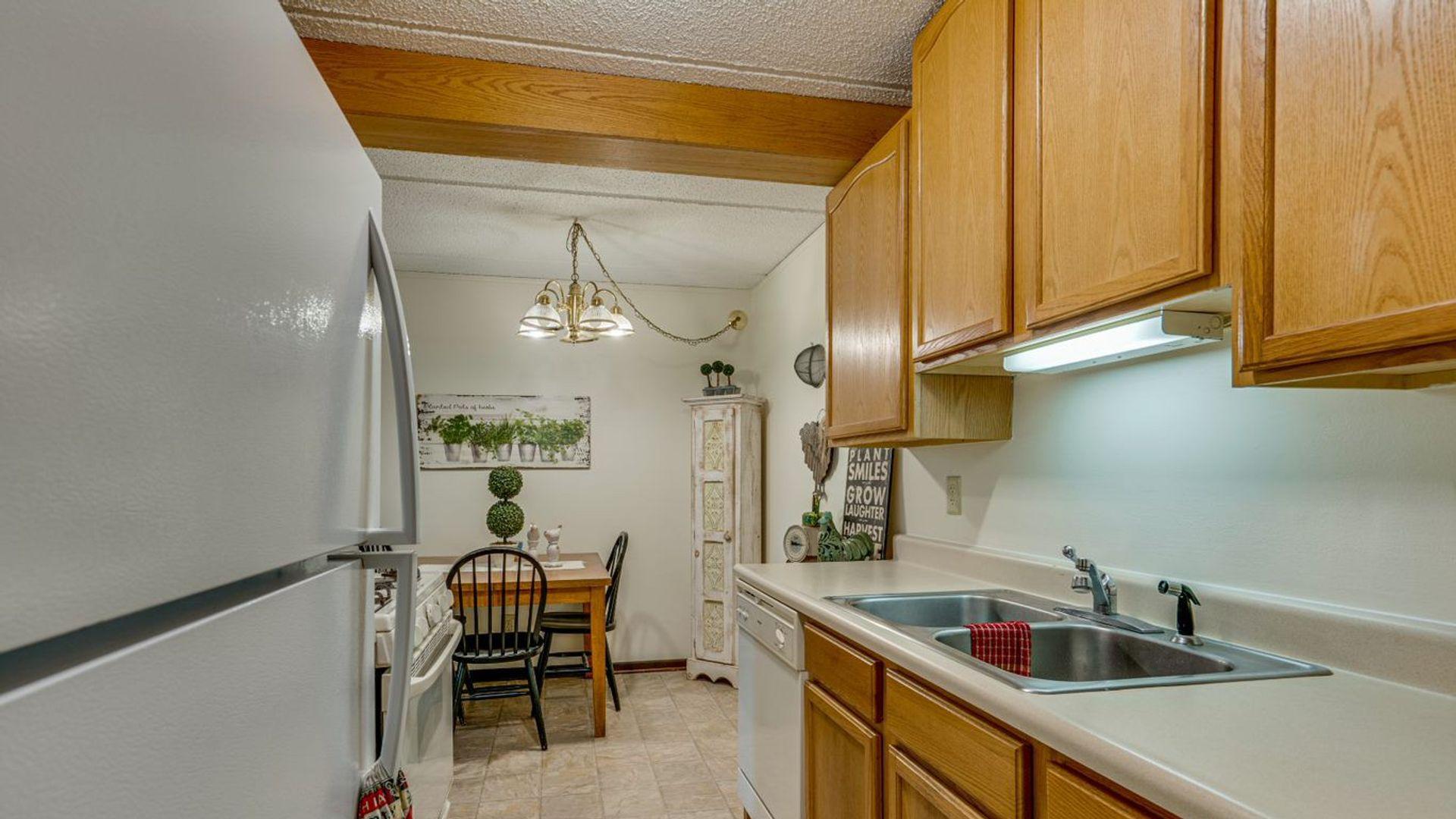 2 bed apartment at 347 Putnam Street, Mankato, MN 56001 ...