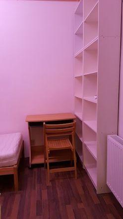 Rent this 3 bed room on Hegergasse 19 in 1030 Wien, Österreich