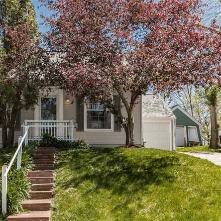 Rent this 3 bed house on 2127 F Avenue Northeast in Cedar Rapids, IA 52402