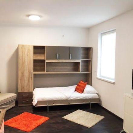 Rent this 1 bed apartment on Kleyerstraße 42-44 in 60326 Frankfurt, Germany