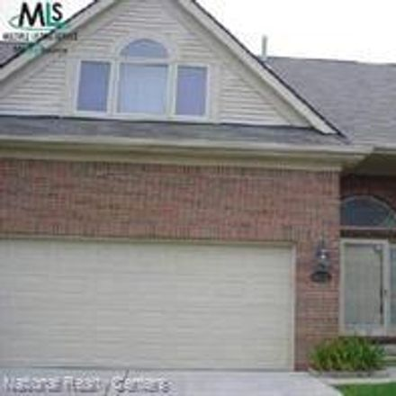 Rent this 3 bed condo on 4032 April Lane in Sterling Heights, MI 48310
