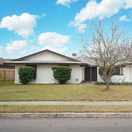 Rent this 3 bed house on 214 Meadow Bend Drive in San Antonio, TX 78227