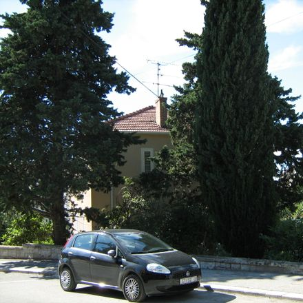 Rent this 2 bed apartment on Kaštelanova in 21103 Split, Croatia