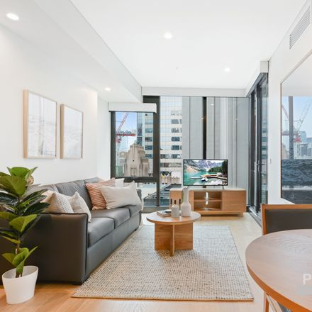 Rent this 1 bed apartment on 38 York Street
