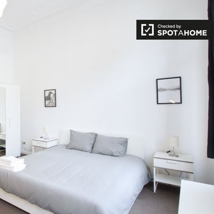 Rent this 7 bed apartment on Rue de Mérode - de Mérodestraat 94 in 1060 Saint-Gilles - Sint-Gillis, Belgium