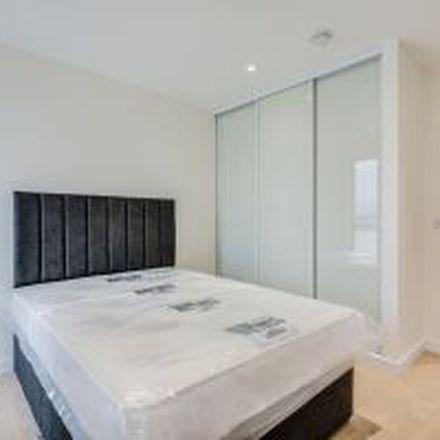 Rent this 4 bed apartment on Bridgeside in Grafton Road, Grafton