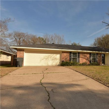 Rent this 3 bed house on Tilman Dr in Bossier City, LA
