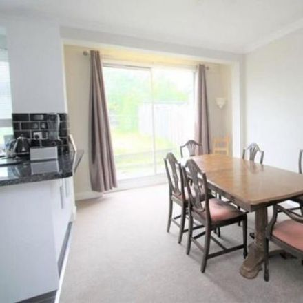 Rent this 3 bed house on Eastern Avenue West in London IG2 7ST, United Kingdom