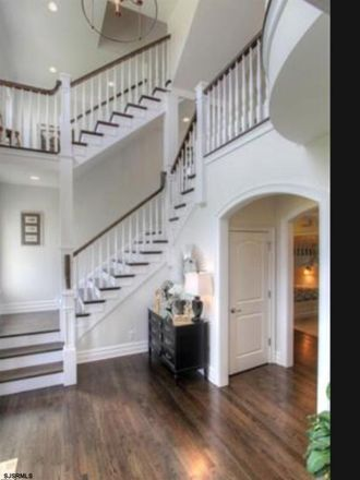 Rent this 6 bed house on Ventnor Ave in Ventnor City, NJ