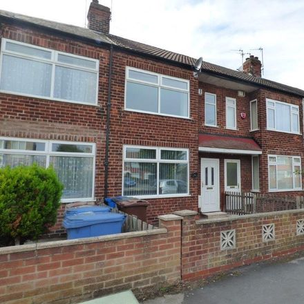 Rent this 3 bed house on Oldstead Avenue in Hull HU6 8LG, United Kingdom