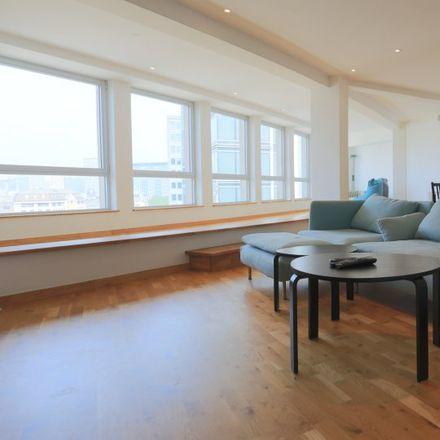 Rent this 2 bed apartment on Avenue des Arts - Kunstlaan 4 in 1000 Saint-Josse-ten-Noode - Sint-Joost-ten-Node, Belgium