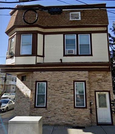 Rent this 8 bed duplex on 411 Kennedy Blvd in Bayonne, NJ