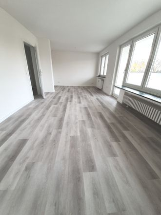Rent this 3 bed apartment on Von-Lohe-Straße 1 in 51063 Cologne, Germany