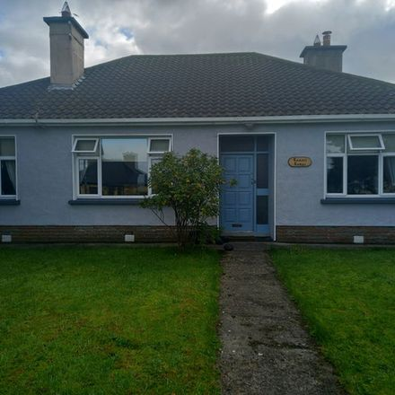 Rent this 3 bed apartment on The Mayo Clinic in Lawn Road, Gorteendrunagh