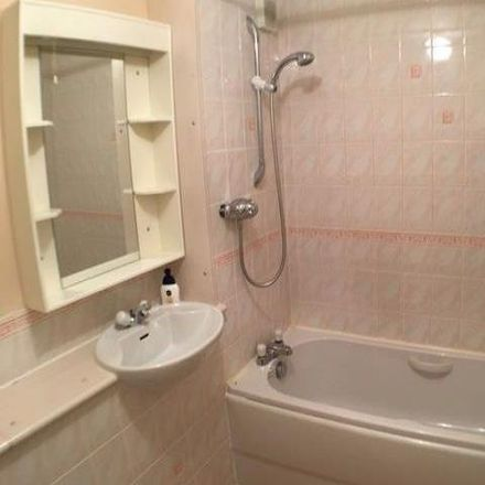 Rent this 2 bed apartment on North Werber Place in Edinburgh EH4 1TF, United Kingdom