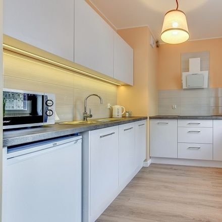 Rent this 1 bed apartment on Chmielna in 80-761 Gdańsk, Polska
