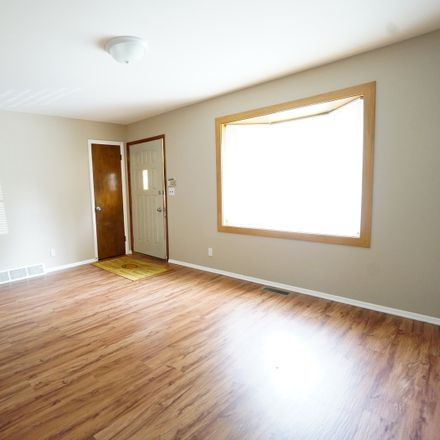 Rent this 4 bed house on 270 Hickory Drive in Crystal Lake, IL 60014