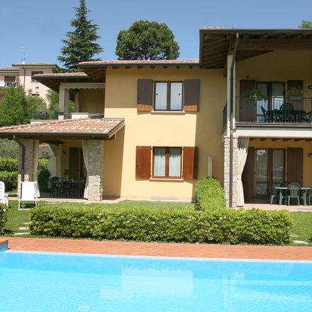 Rent this 2 bed apartment on Via Pietro Ghirardi in 25010 Moniga del Garda BS, Italy