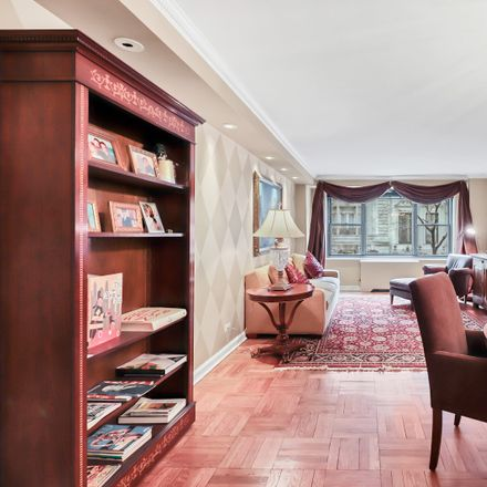 Rent this 1 bed condo on 35 East 38th Street in New York, NY 10016