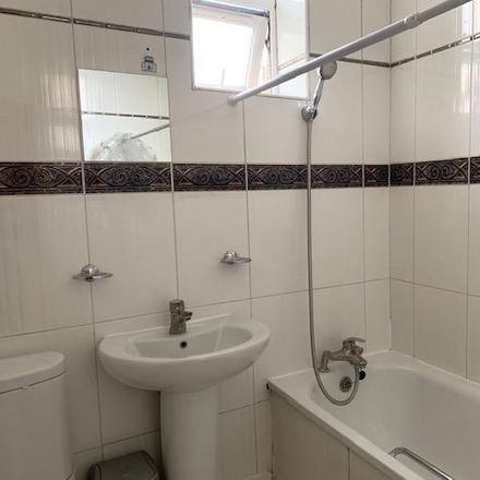 Rent this 3 bed apartment on St Andrew the Apostle CofE in High Road, London NW10 2PB