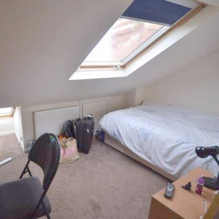 Rent this 7 bed house on 29 Grange Avenue in Reading RG6 1DJ, United Kingdom