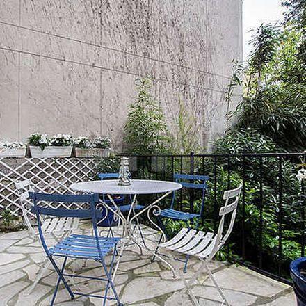 Rent this 5 bed apartment on 37 Rue Falguière in 75015 Paris, France