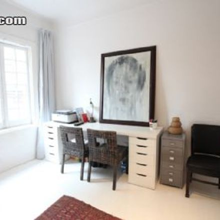 Rent this 1 bed house on Danshui Road in Baxianqiao, Huangpu District