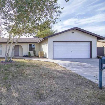 Rent this 3 bed house on W 18th St in Yuma, AZ