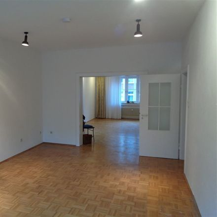 Rent this 3 bed apartment on 46045