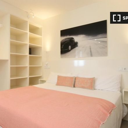 Rent this 1 bed apartment on Tribunal Económico Administrativo Central in Calle de Génova, 28004 Madrid