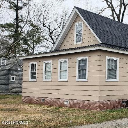 Rent this 4 bed house on 1114 West Main Street in Belhaven, NC 27810