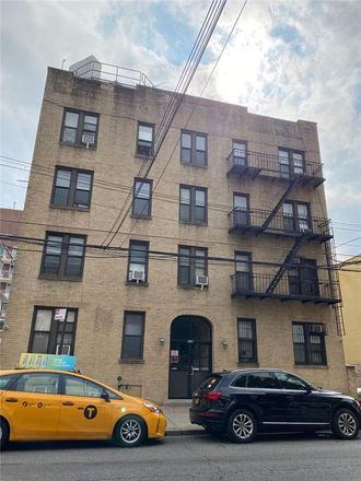 Rent this 2 bed condo on 59th St in Brooklyn, NY