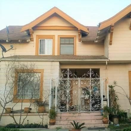 Rent this 3 bed house on 2106 5th Avenue in Los Angeles, CA 90018