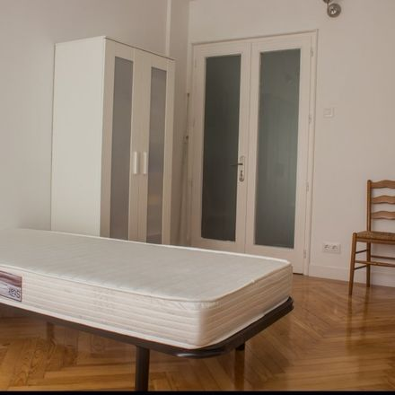 Rent this 0 bed room on Paseo de las Acacias in 29, 28001 Madrid