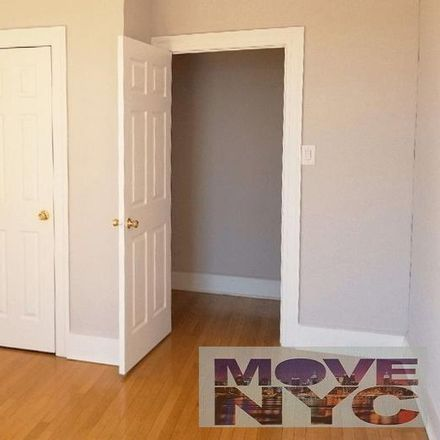 Rent this 3 bed apartment on 701 West 180th Street in New York, NY 10033