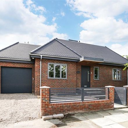 Rent this 5 bed house on Castlebar School in Hathaway Gardens, London W13
