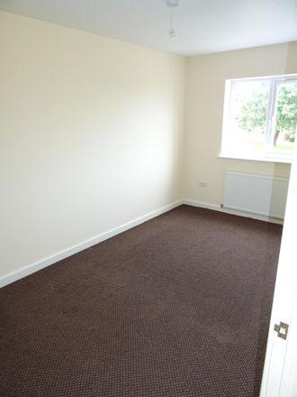 Rent this 3 bed house on Split Crow Road in Gateshead NE10 9HL, United Kingdom