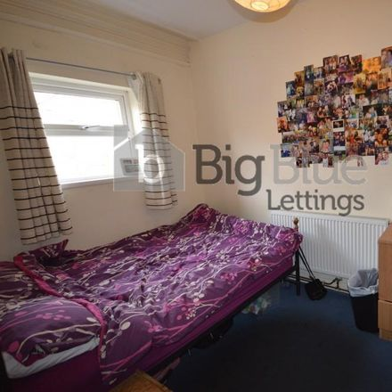 Rent this 2 bed apartment on Broomfield Place in Leeds LS6 3DG, United Kingdom