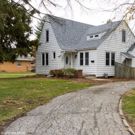 Rent this 3 bed house on 504 North Milton Avenue in Springfield, IL 62702